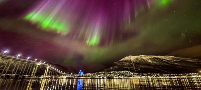 Northern-lights-in-Tromso-in-Northern-Norway-740