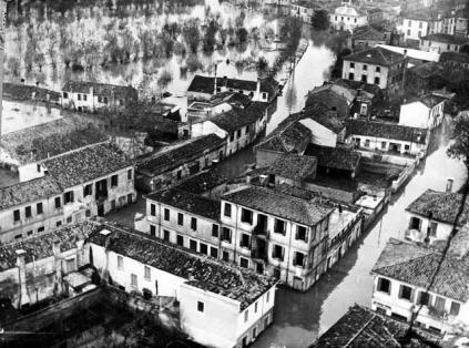 Settanta 70 1951 Polesine Straripamento del Po a causa di un violento alluvione