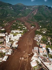 Settanta 70 1998 Alluvione a Sarno 137 morti nel fango