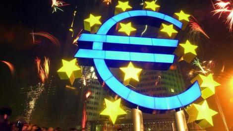 70 Settanta 2002 lira addio dal primo dell'anno entra in circolazione l'euro