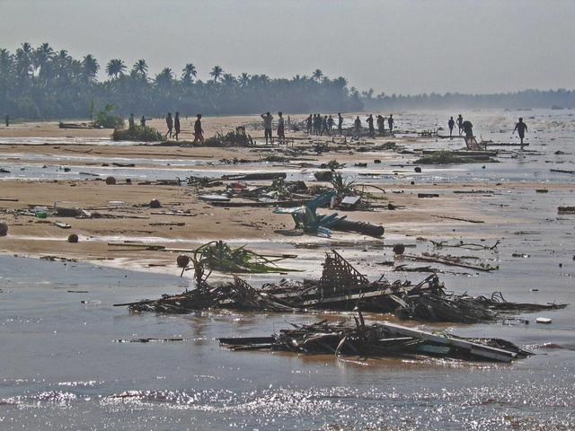 70 Settanta 2004 Tsunami in Indonesia